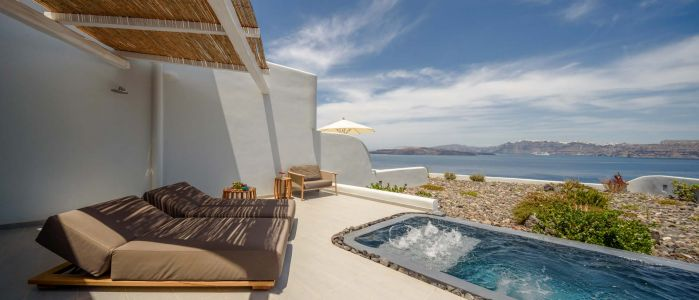 Private terrace with swimming pool
